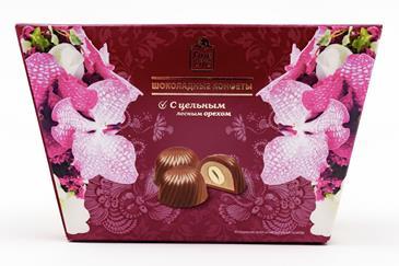 Шоколадные конфеты FINE FOOD FINESTRO с цельным лесным орехом, 135г